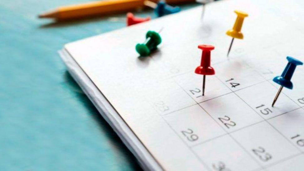 Calendario completo de feriados en 2021