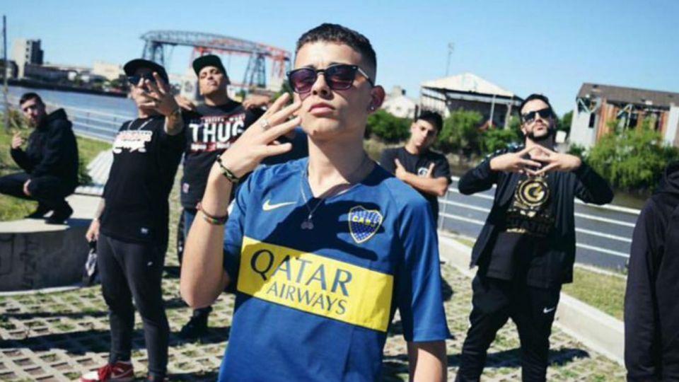 Boca felicitó al rapero Trueno por el título y se burlaron los hinchas de River en las redes.