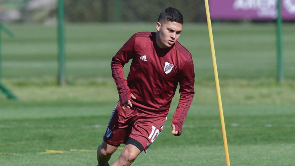 Juan Fernando Quintero, pictured during a River Plate training session.