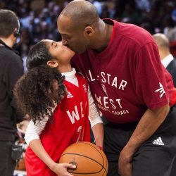 APTOPIX Obit Bryant Basketball