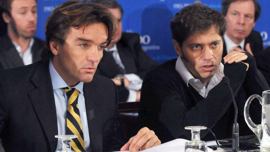 Adrián Cosentino, en una foto de archivo de cuando era secretario de Finanzas,junto al entonces viceministro Axel Kicillof.