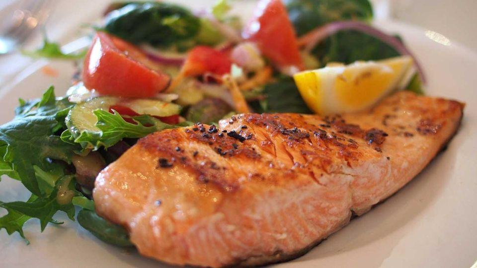 omega 3 grasas saludables pescado salmon alimentos