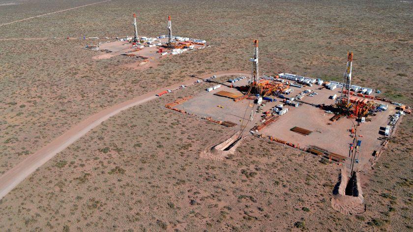 El desplome del petróleo y la crisis financiera mundial ponen en riesgo a Vaca Muerta