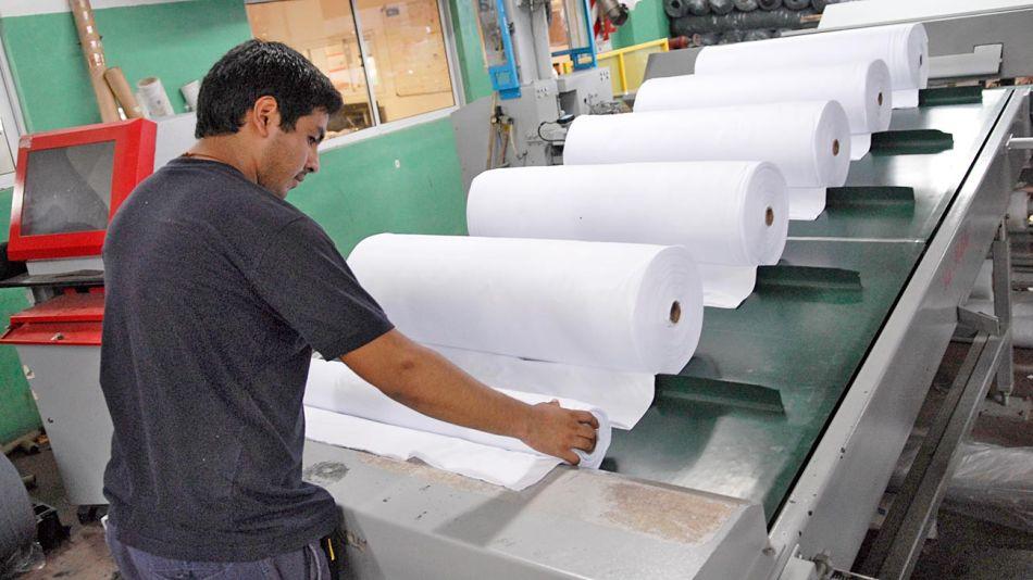 20190401_industria_textil_cedoc_g.jpg