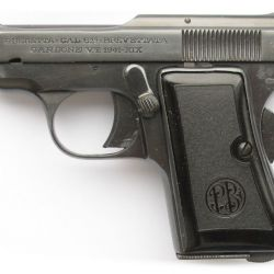 """Según el escritor Ian Flemings –creador del personaje– la Beretta que no """"arrugaba el smoking"""" de James Bond era la pequeña Modelo 418 en calibre 6,35 mm."""