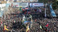 La etapa final de las procesiones fúnebres por el general asesinado Qasem Soleimani, fue en su ciudad natal Kerman.
