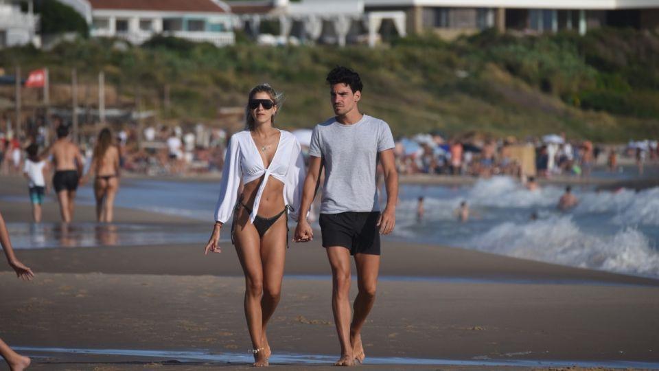 Las fotos más hot de Cande Ruggeri y su novio en Punta del Este