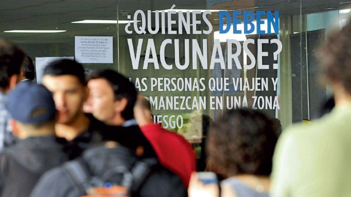 calendario completo. El Ministerio de Salud de la Nación emitió un documento con consejos sobre vacunación ampliada.  | Foto:Cedoc