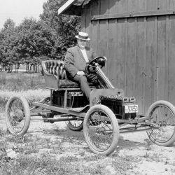 Prototipo eléctrico de Ford construido con partes del modelo T.