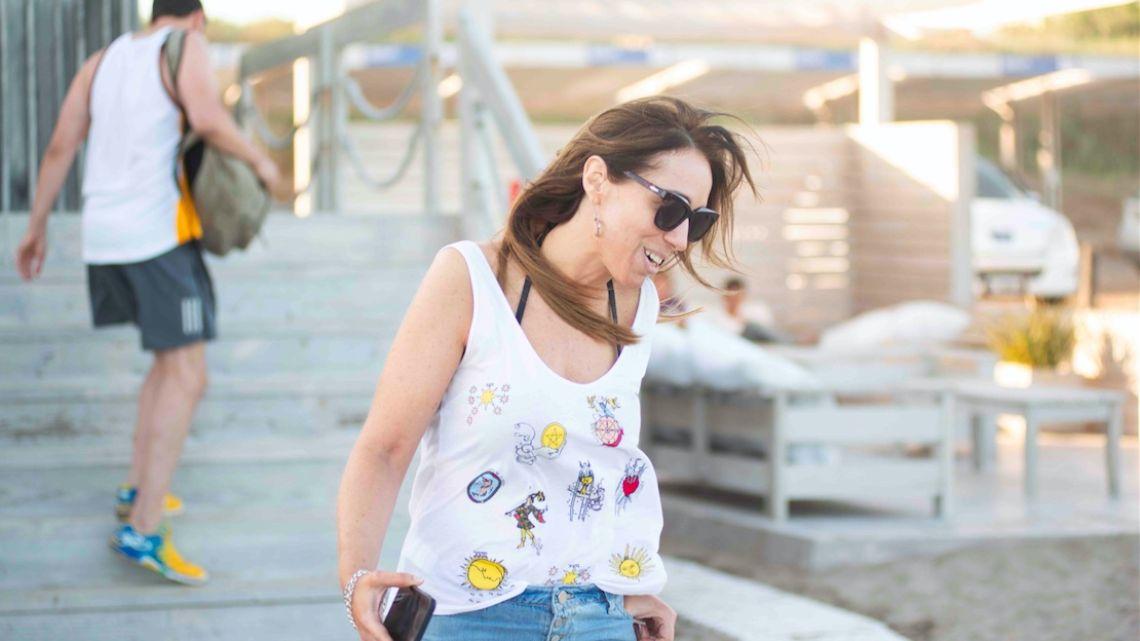 María Eugenia Vidal pasea por Pinamar | Foto:Mario de Fina
