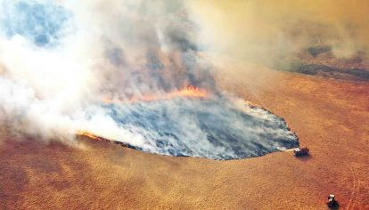 Territorio en llamas. El cambio climático aumenta la probabilidad y la intensidad de los extremos de temperatura y precipitación.