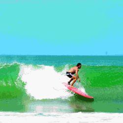 """A puro """"Chape"""" Luciano Castro y Sabrina Rojas incendiaron las playas de Mardel"""