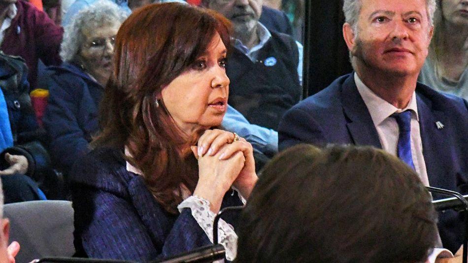 20201201_cristina_cfk_juicio_oral_cedoc_g.jpg