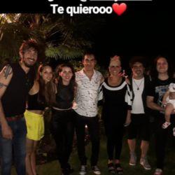 Valeria Lynch y Mariano Martínez ya no ocultan su amor: íntimo festejo de cumpleaños