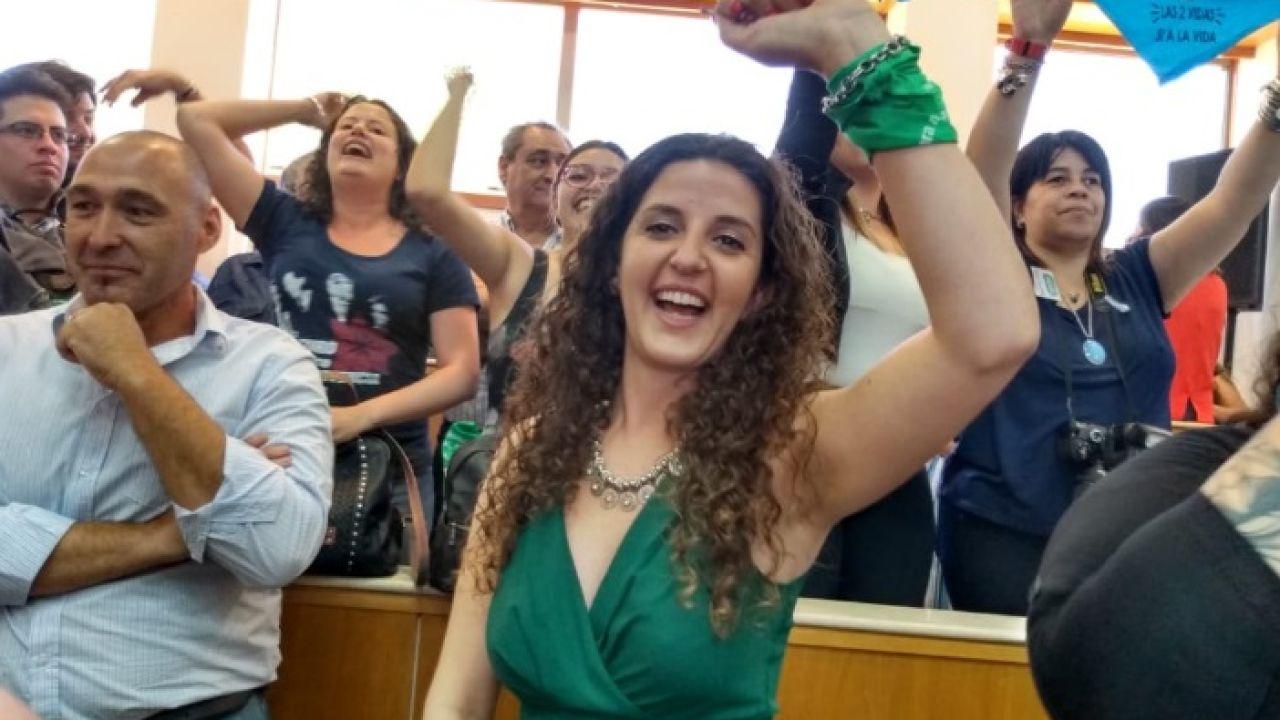 Ana Servidio, la nieta feminista de Cafiero. | Foto:Twitter.