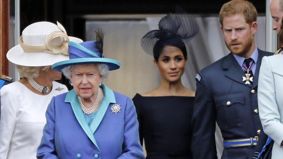 Elizabeth II y familia real 20200113