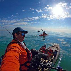 Un día espléndido para disfrutar de una jornada a puro kayak fishing.