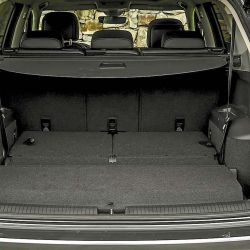 Comparativo / Toyota RAV4 HV Limited AWD /  Volkswagen Tiguan Allspace 2.0 Highline 4Motion