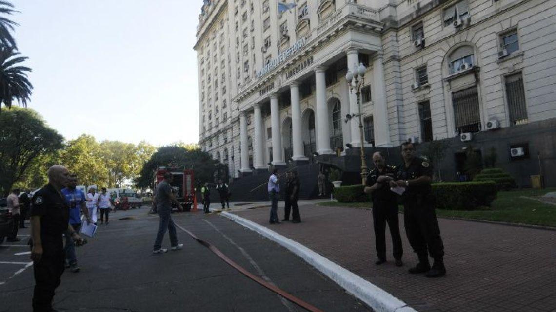 Edificio Libertador. | Foto:Cedoc.