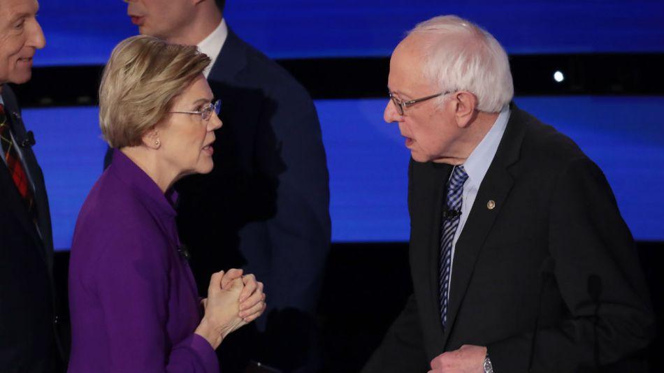 La disputa entre dos de los abanderados más progresistas de la campaña primaria se desarrolló en los momentos posteriores al final del debate.