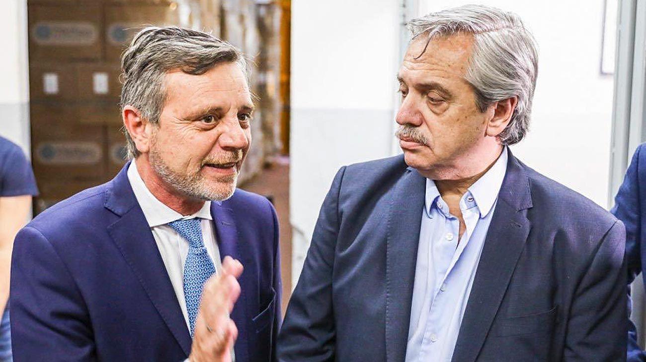 Artífices. Ariel Schale, secretario de Industria y ex director de ProTejer, con Alberto Fernández.