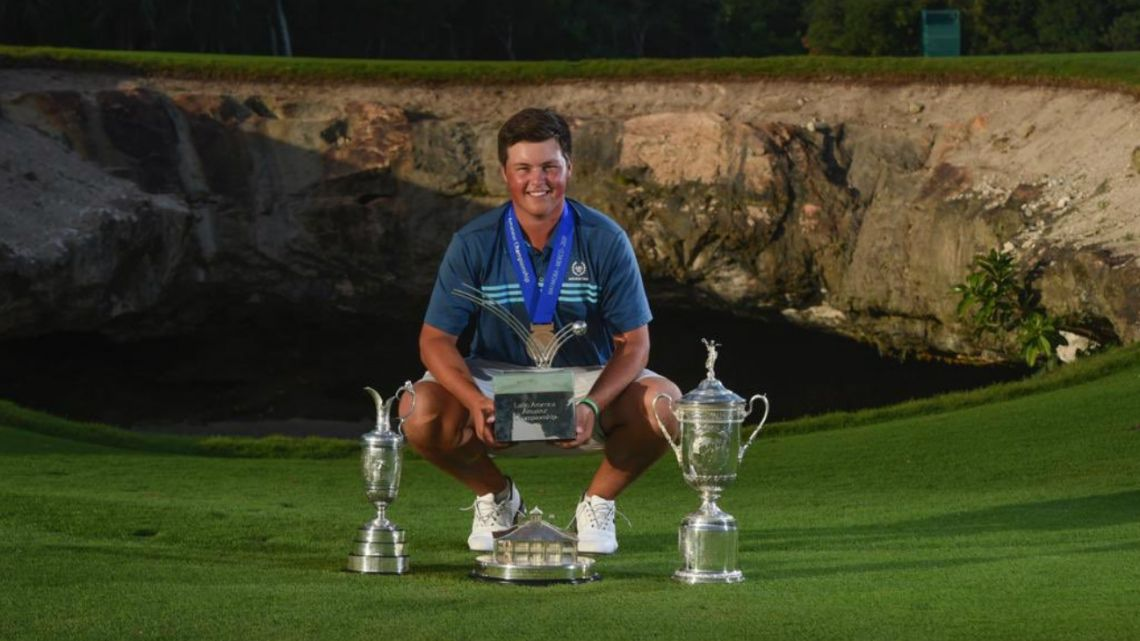 The young argentine golf player Abel Gallegos with his trophies at the Latin American Ameteur Championship (LAAC)