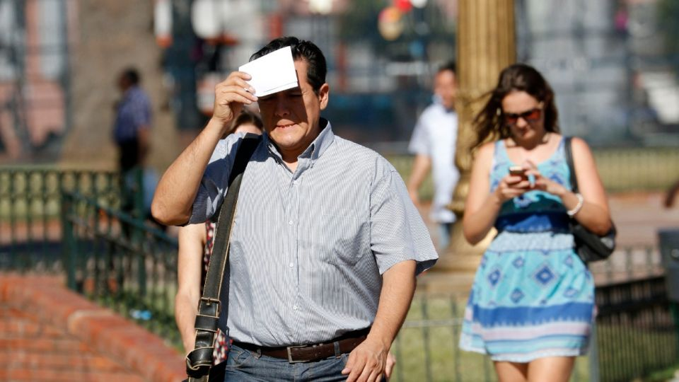 Calor en Buenos Aires, con máximas de hasta 34 grados.