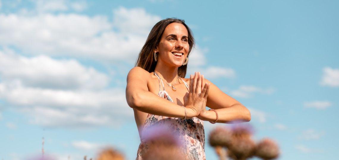 De Ralph Lauren a combinar yoga, surf y feminismo: la transformación de Agustina Echegoyen