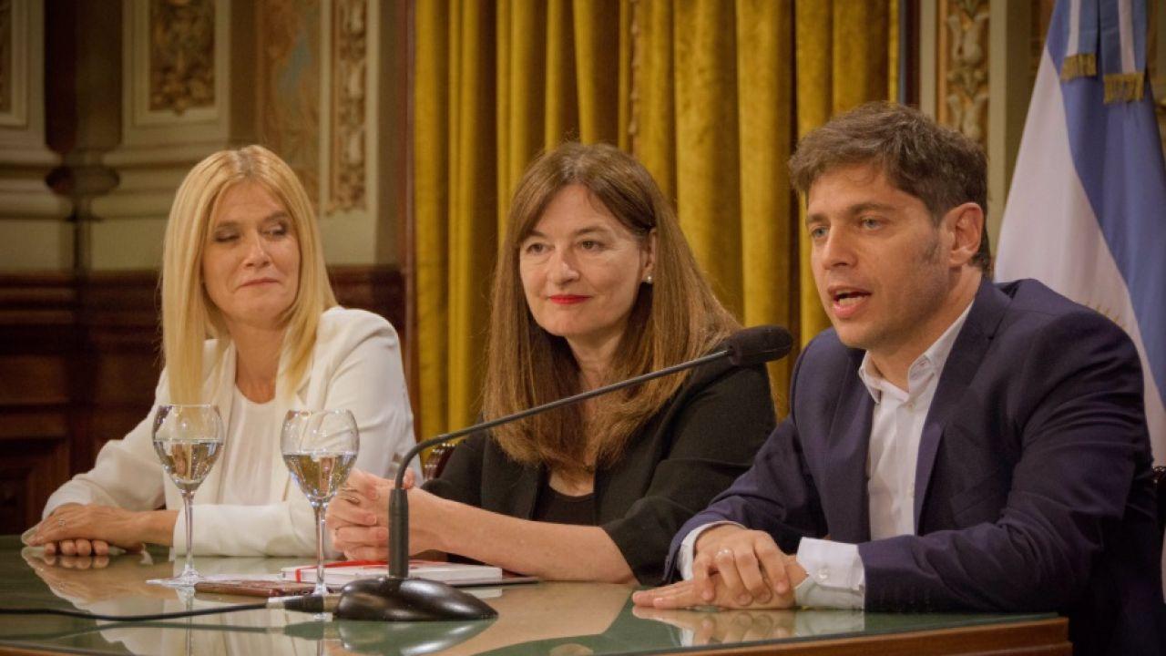 Verónica Magario, Estela Díaz y Axel Kicillof. | Foto:Cedoc.