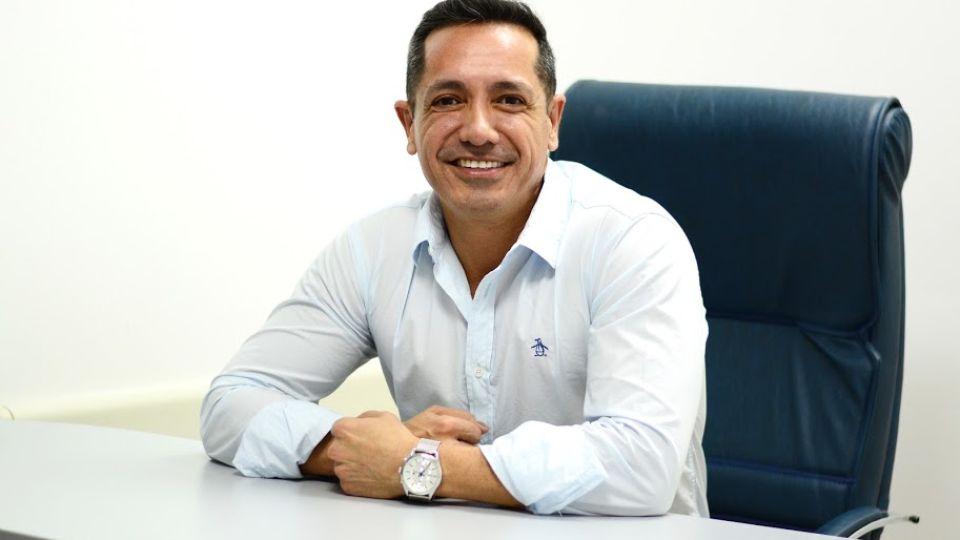 Dr. Gustavo Gonzalez