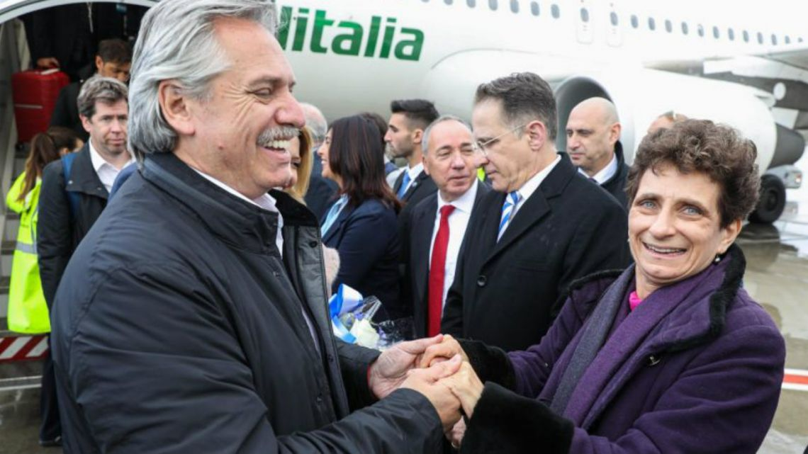President Alberto Fernández with First Lady Fabiola Yañez arriving in Israel