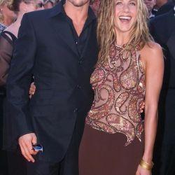 Jennifer Aniston y Brad Pitt, la primera aparición pública en 1999 en los Emmys.