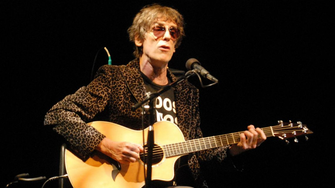 Luis Alberto Spinetta, after undergoing treatment to recover from lung cancer in 2011.