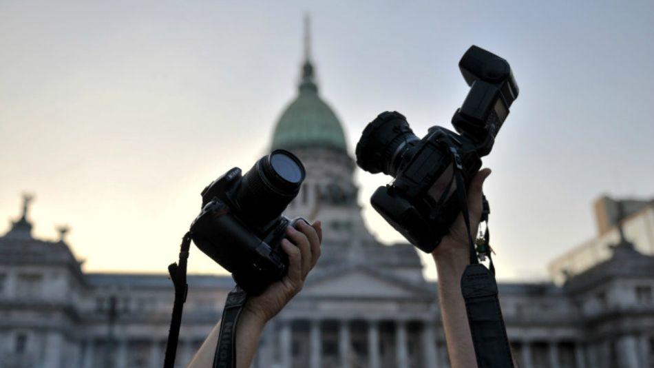 FOPEA rinde homenaje a los reporteros gráficos de la República Argentina.