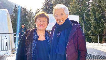 Reencuentro. Georgieva y Lagarde, presente y pasado del FMI, se reunieron en Davos, Suiza.