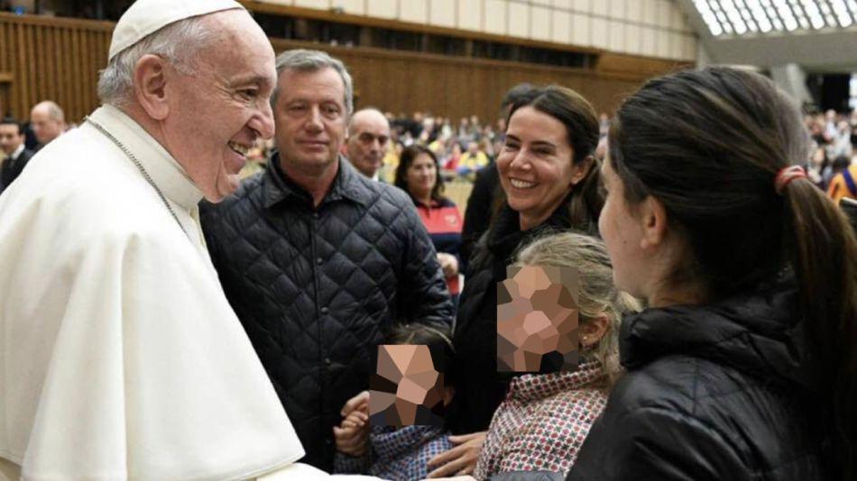 El Papa Francisco con Emilio Monzó y su familia