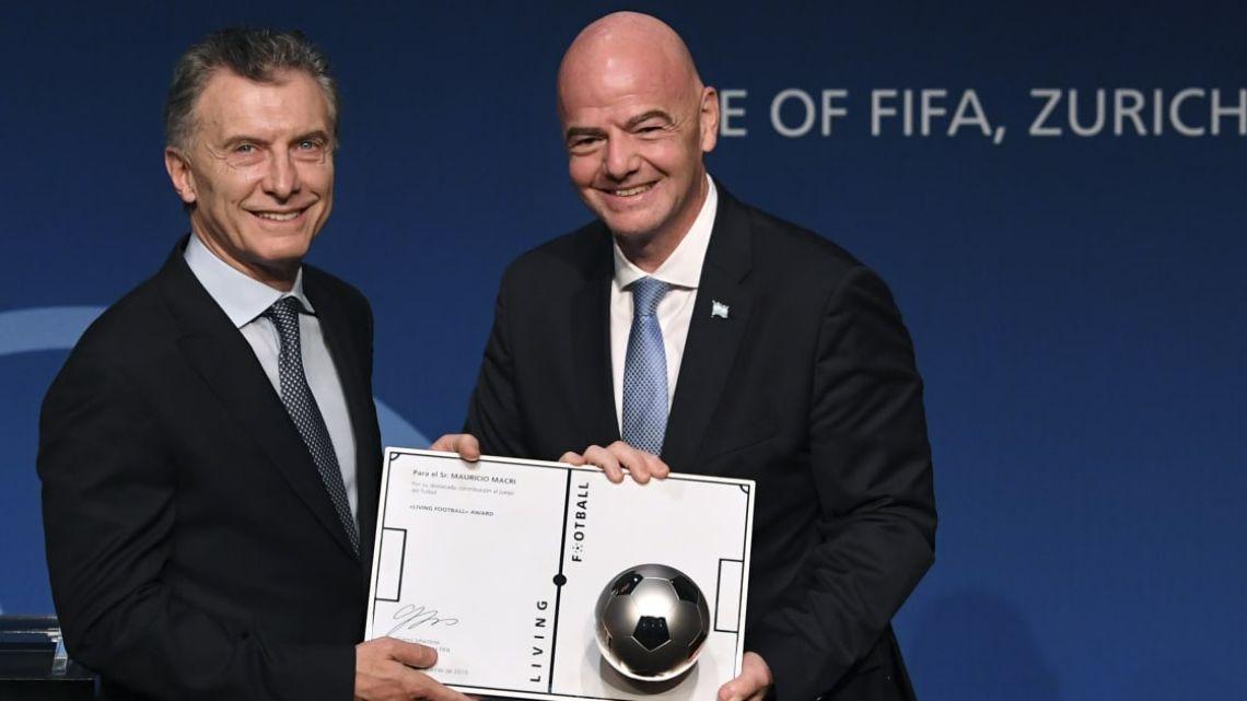 Mauricio Macri y Gianni Infantino, de la FIFA.  | Foto:Cedoc.