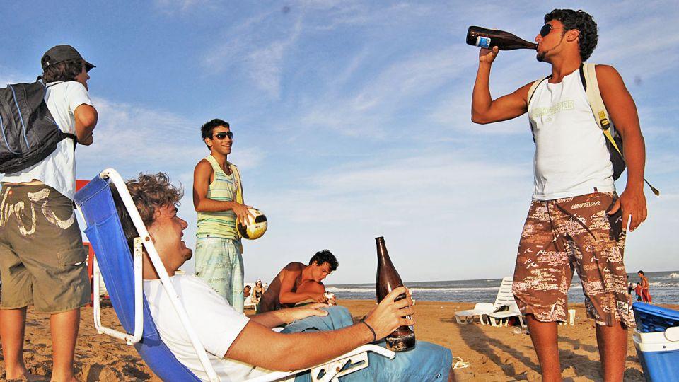20200202_alcohol_jovenes_consumo_cedoc_g.jpg