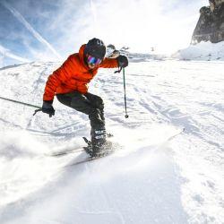 Un programa de nieve all inclusive brinda todo lo necesario para esquiar sin demoras y apenas se sale del hotel.
