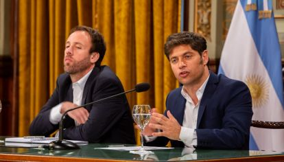 Axel Kicillof y el ministro de Hacienda y Finanzas, Pablo López.