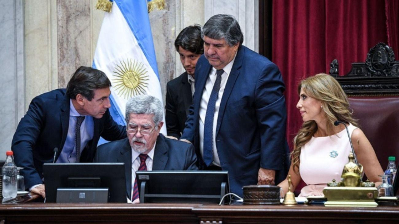 El Senado aprobó por unanimidad la ley de renegociación de la deuda