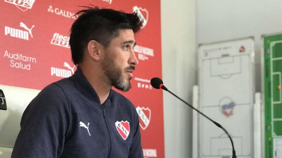 Otra roja para Pablo Pérez: Independiente le rescindió el contrato