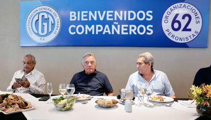 Voz discordante. El jueves, Barrionuevo brindó su tradicional asado en Mar del Plata, donde repartió críticas para varios sectores.