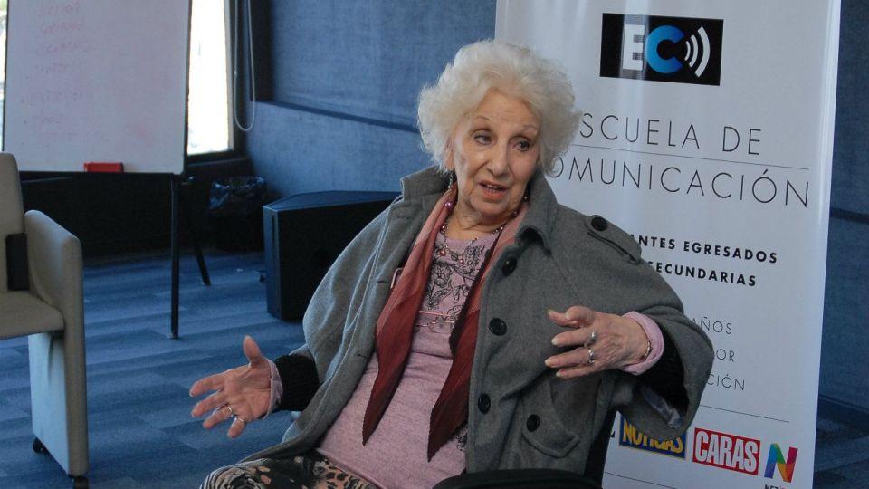 Estela Carlotto considera que hay presos políticos.