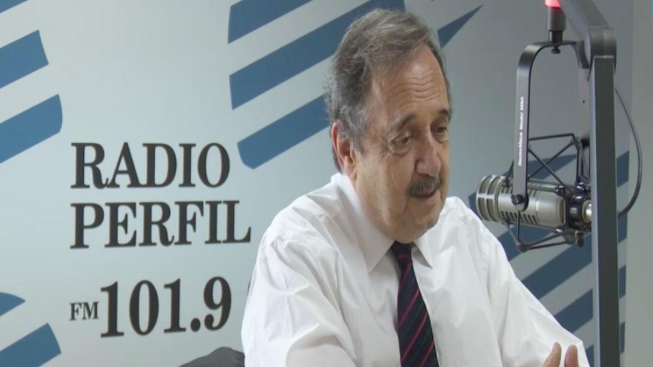 Ricardo Alfonsín dialogó con Edi Zunino en los estudios de Radio Perfil.