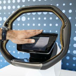 El volante del futuro creado por ZF.