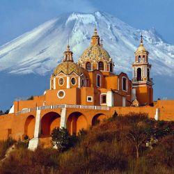 Santuario de la Virgen de los Remedios, construido en 1594.