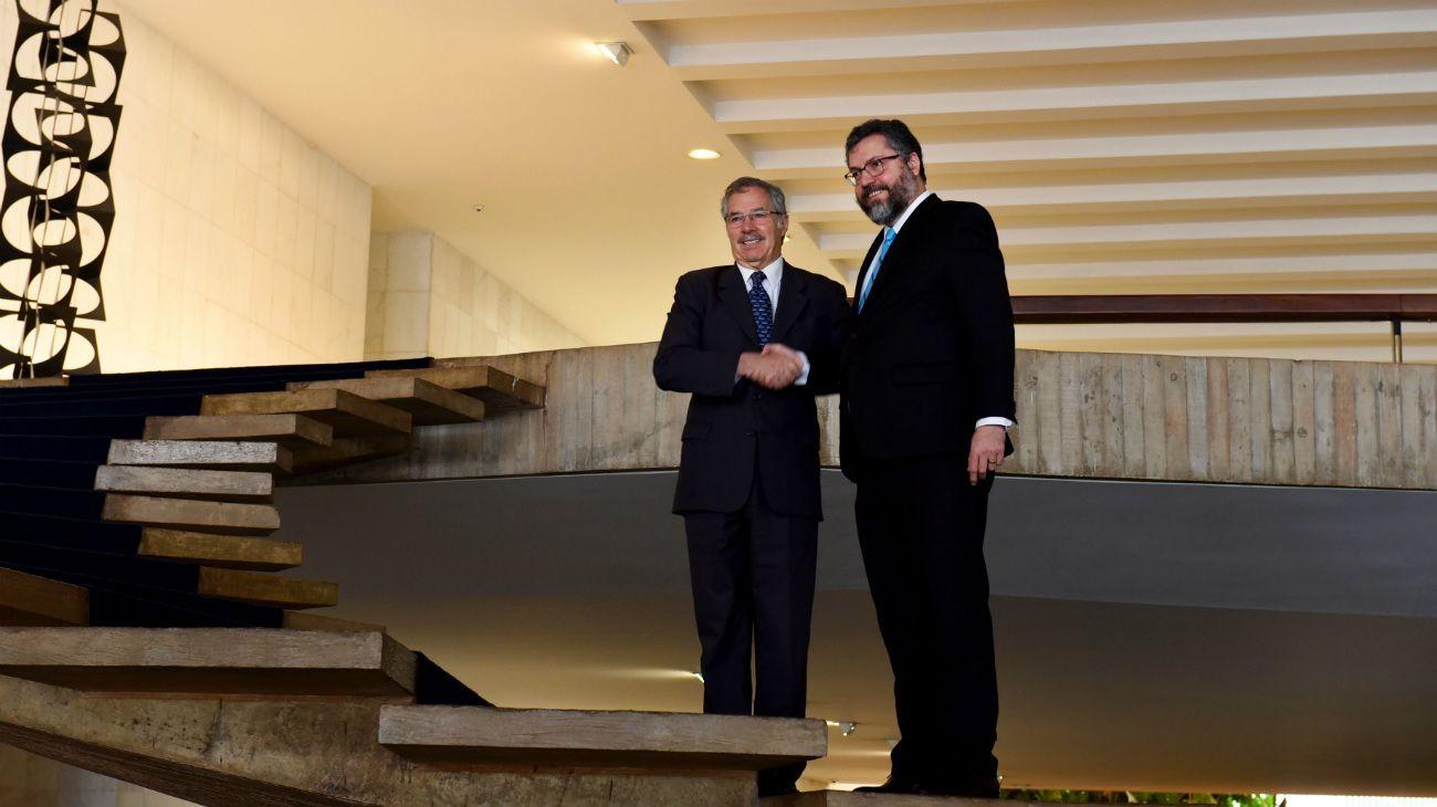 El canciller Felipe Solá y su par brasileñoErnesto Araújo.