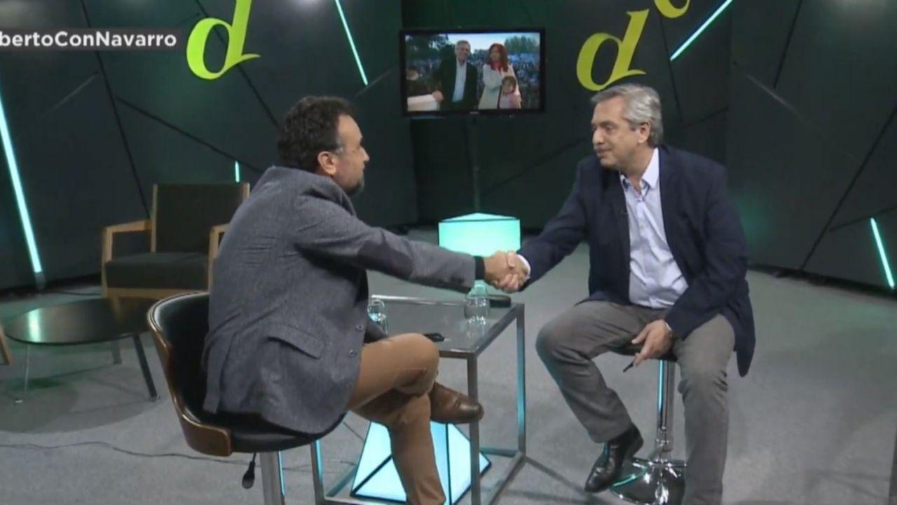 Alberto Fernández con Roberto Navarro | Foto:Cedoc