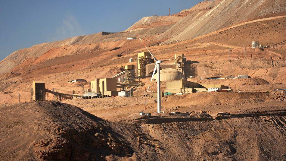 Día a día de los trabajadores en una mina de oro 20200212